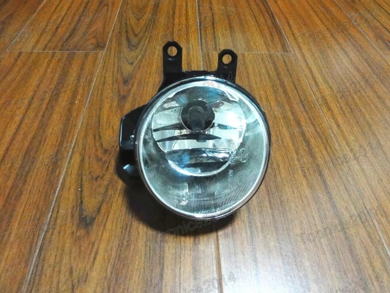 1Pcs New OEM Front Driving Fog Light Lamp Right Side Car Accessories For TOYOTA HIGHLANDER/KLUGER 2014-2015