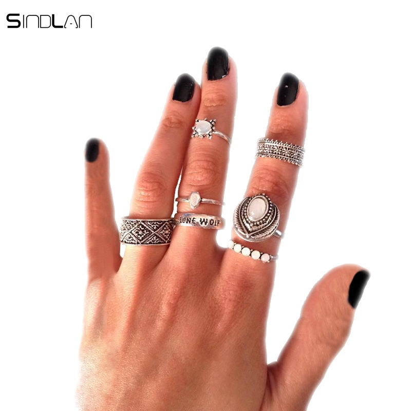New Bohemian National Wind 7pcs / Set Silver Ring Retro Snowflake Geometric Patterns Inlaid Opal Lone Wolf Letter Ring For Women