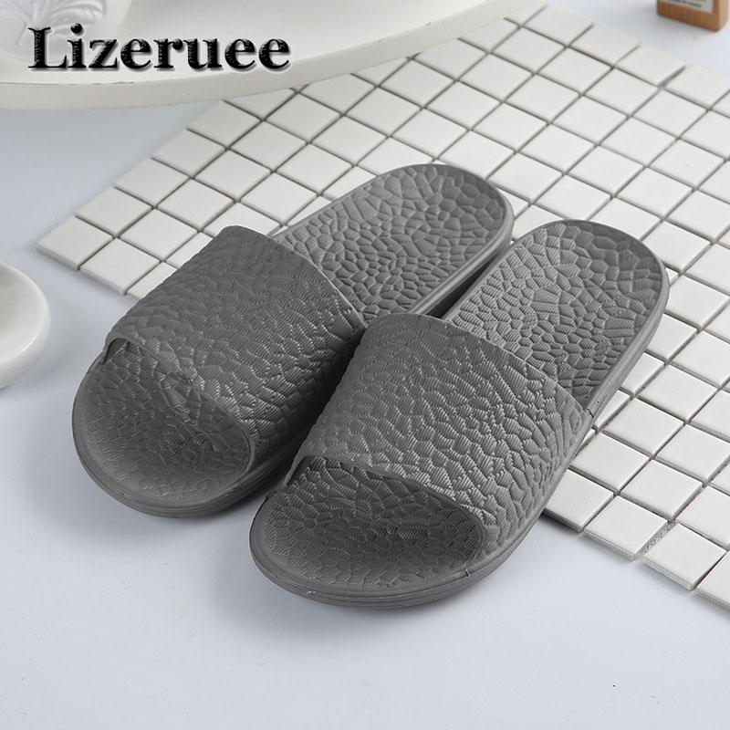 2018 Summer Beach Men Shoes Casual Couple Sandals Slippers Summer Outdoor Flip Flops Flats Non-slip Bathroom Slippers Q89