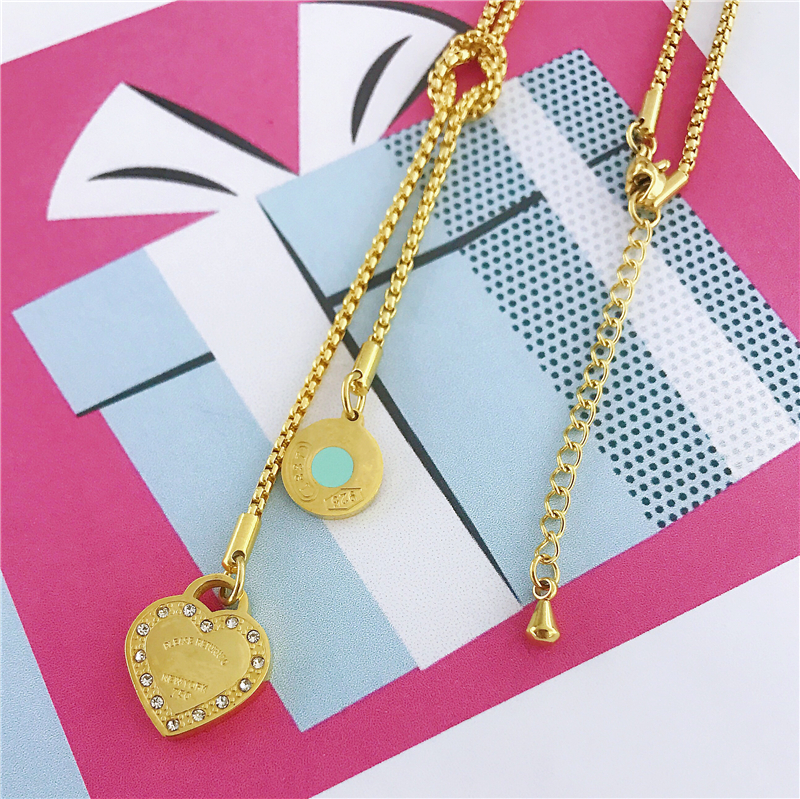 Fashion Luxury Famous Brand Love Necklace Women Paragraph Clavicle Necklace Gold Peach Heart Pendant Necklace Fine Jewelry Gifts in Chain Necklaces from Jewelry Accessories