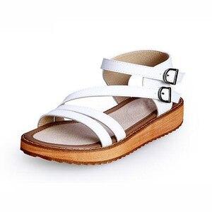 Image 3 - TIMETANG אישה סנדלי נעלי 2018 קיץ סגנון טריזי סנדלים שטוחים נשים אופנה רומא נעלי פלטפורמת עור אמיתי