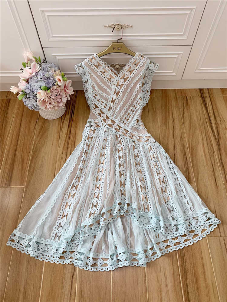 Truevoker летние дизайнерские Сексуальные вечерние платья женские высокого качества без рукавов Вышивка выдалбливают заклепки нерегулярные Robe Femme Ete