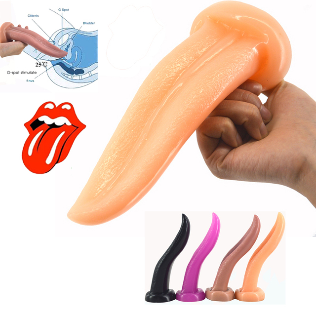 Oral with dildos