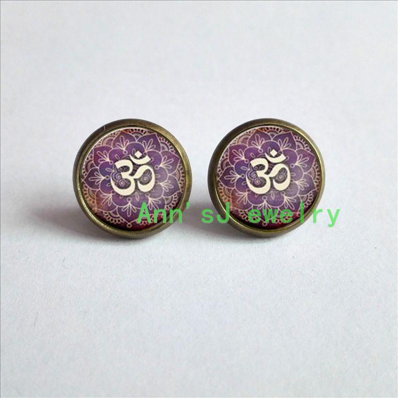 ES-00154 1 пара Ом Серьги стержня уха Намасте Yoga Изделия, Lotus серьги Дзен Серьги стекло Кабошон Серьги