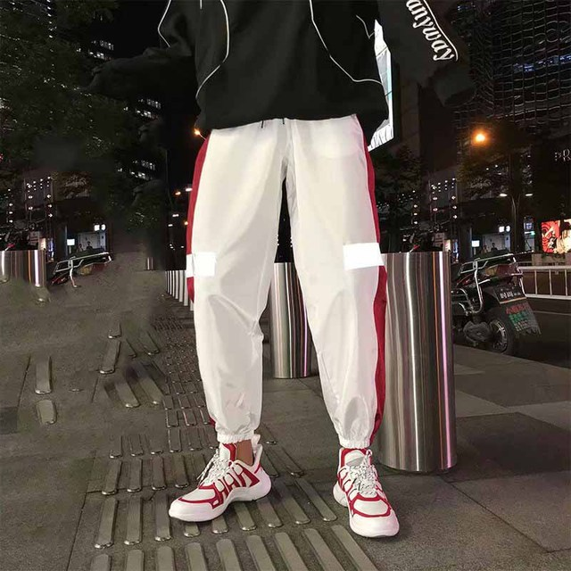 Outdoor 2019 summer autumn loose joggers sport style gym running Reflective elastic hip hop teenagers track pants men 1