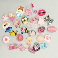 1 PCS Pink Color Icons Kawaii Acrylic Badge Cartoon Pin Badges Bag Backpack Decoration Pins Icon