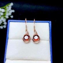цена SHILOVEM 925 sterling silver Natural garnet stud earrings fine Jewelry women wedding wholesale new  7*7mm be0707894ags онлайн в 2017 году