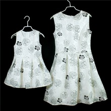 New Family Matching Dress Hollowed-out Rose Princess Dress For Mum and Daughter Girls Ball Gown For Birthday Party Performance