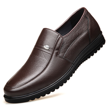 Large Size Men Flats Spring Leather Casual Shoes Loafers Comfortable Quality Split Moccasins DB0137