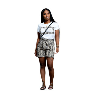 Image 3 - Echoine 여성 Snakeskin 인쇄 2 조각 세트 여름 짧은 소매 T 셔츠 캐주얼 반바지 레드/오렌지 Tracksuit 의상 S XXL