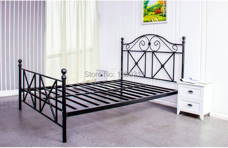 Furniture Noble Iron Double Single Bed 1.5 Meters 1.8 European Pastoral Student Bed Iron Bed Princess Bed Rack Home Furniture