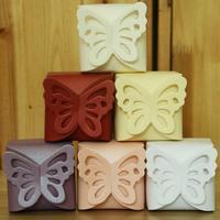 100 pz/pacco Farfalla Contenitore di Caramella DIY Pieghevole Boda Decorazione Dono Festa di Nozze Favori Scatole di Carta per la Decorazione di Nozze