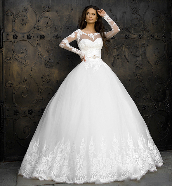Vintage Ivory Lace Ball Gown Wedding Dresses 2016 Women Long Sleeve Dress Beaded Tulle V