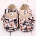 Moda marca Plaid zapatos del prewalker del bebé zapatos de suela suave bowknot ocio infantil primeros caminantes niñas zapatos del niño del verano