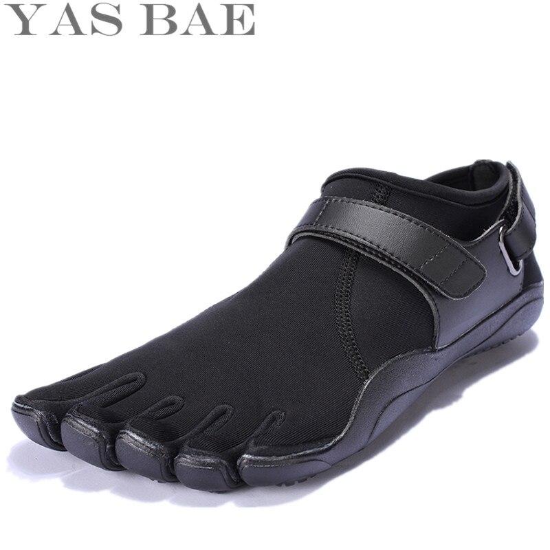 Design de Borracha com Cinco Dedos ao ar Sapato para Homem Tamanho Venda China Marca Livre Deslizamento Resistente Respirável Leve Yas Bae 45 44