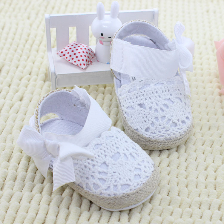 Baby girl shoes knit