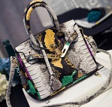 Serpentine hit color large capacity handbag fashion spring and summer new animal pattern shoulder Messenger bag