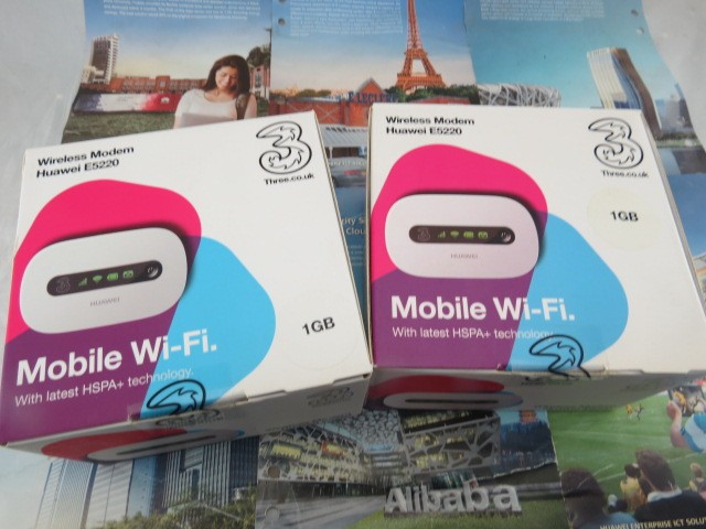 Huawei E5220 branco Mobile WiFi 3 G HSPA + 21 Mbps Hotspot pessoal desbloqueado