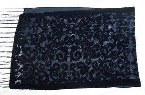 """Image 5 - ארה""""ב חדש שחור קטיפה שחיקה צעיף נשי חתונה צעיף הבארוק מוסלמי חיג אב סגנון לעטוף פשמינה מתנה לאוהבים"""