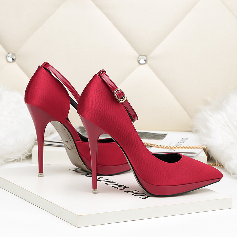 2018 Summer Women 12cm Thin Extreme High Heels Satin Silk Pumps Female Elegant Sweet Heels Shoes Scarpins Buckle Cheap Shoes 11