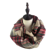Womens Scarfs Fashionable Tartan Scarf Luxury Brand Winter Warm Ladies Cashmere Neck Circle Wool Blend Cowl Snood Ring Scarves