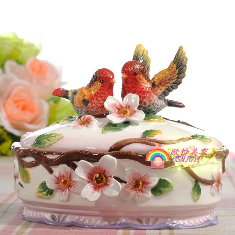 Creative red birds ceramic candy jar jewelry fan storage box home decor handicraft porcelain figurines wedding decorations