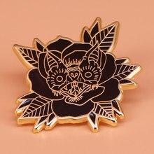 Broche en émail pour femme, badge à fleurs gothique, épingle pour chauve-souris, cadeau d'halloween, vampire, chauve-souris, nocturne, accessoire