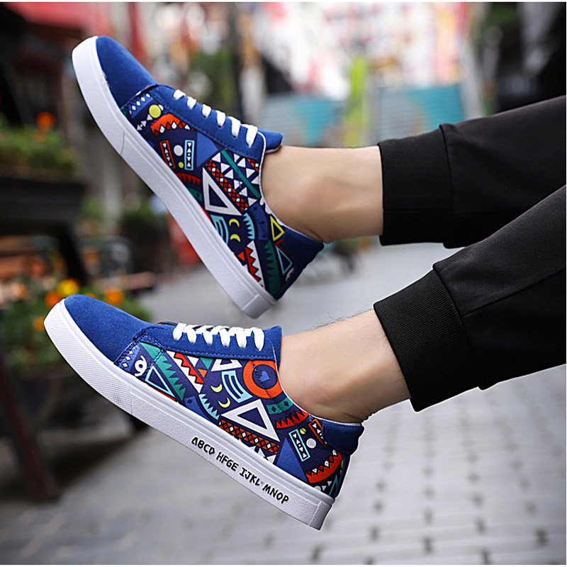Men's Vulcanize Shoes Lace-up Fashion Printed Canvas Shoes Spring Autumn Flat Black Red Blue Casual Shoes Male Sneakers 2019