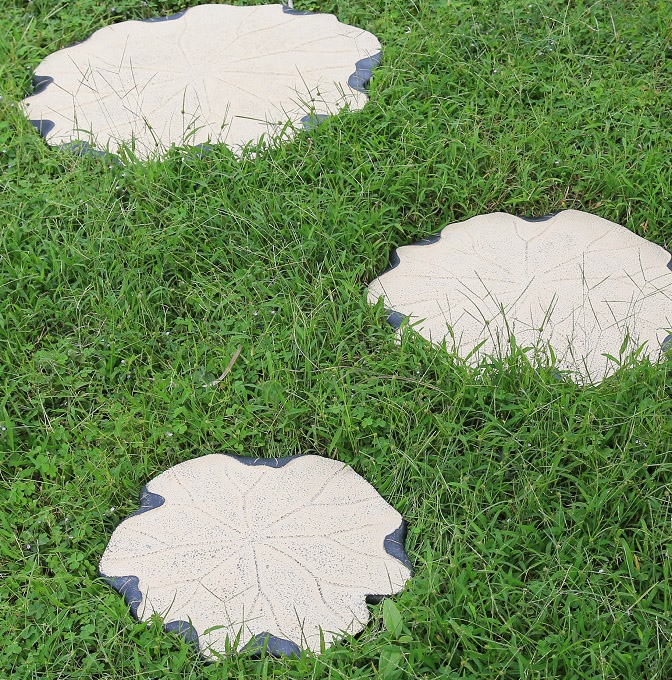 Chinese Home Art Decorations Garden Patio Terrace Club Foot Stone Lotus  Leaf Ornaments(China (