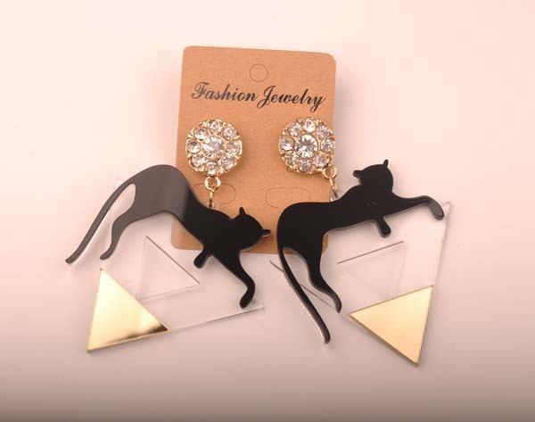 Gold color triangle Cat leopard head earrings 5