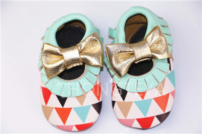 2016 New Super fiber Leather Baby Moccasins shoes fringe fashion bow Moccs soft sole Newborn Baby firstwalker Anti-slip