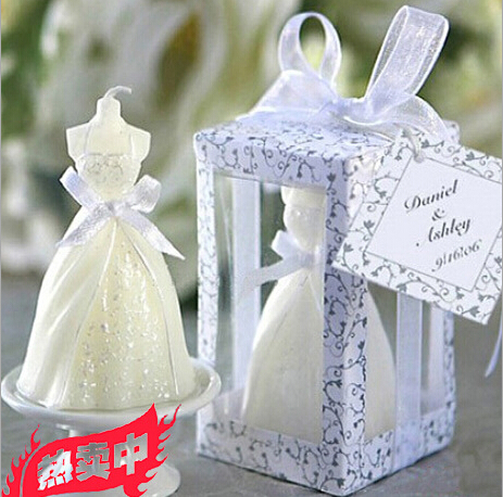 4 * 4 * 7cm rauchlose Hochzeitskleider des romantischen Aromas kerzen - Partyartikel und Dekoration