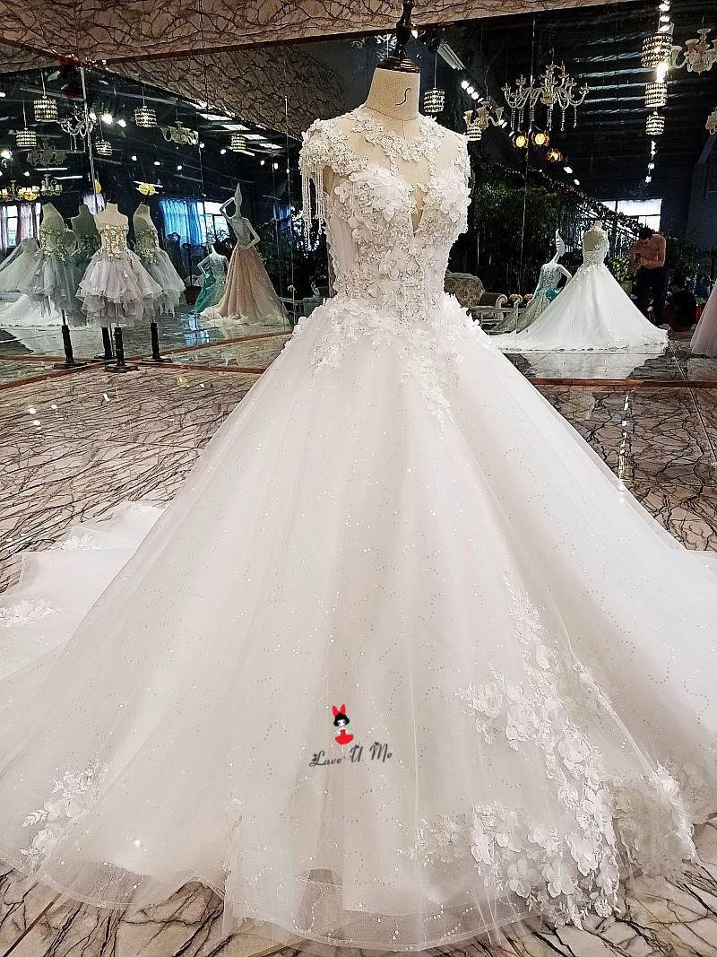 Aliexpress.com   Buy Vestido Branco 2019 Vintage Wedding Dress 3D Flowers  Church Wedding Gowns Plus Size Lace Sparky China Bride Dresses Gelinlik from  ... dd366f9c1f22