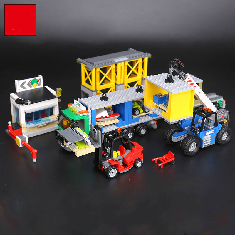 02082 829Pcs Blocks Toy Genuine Cargo Terminal Set Model Building Brick for Children Gift Compatible Legoe City 60169 Lepine 2017 hot sale girls city dream house building brick blocks sets gift toys for children compatible with lepine friends