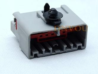 1PCS FOR Land Rover 13-hole connector plug controller large electric pedal power signal Rover big plug large land