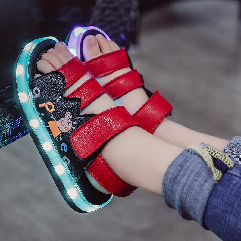 2018 Summer New Cortex LED Glow Rechargeable Kids Sandals Comfortable Breath Leak Toe Cartoon Boys Girls Shoes