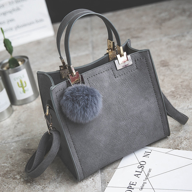 2018 handbag ladies fashion handbag shoulder messenger bag high quality PU leather ladies handbags hair ball Bolsa For Women sac цена
