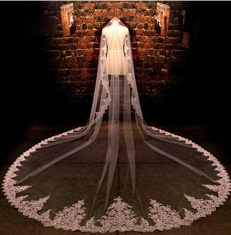 2016 Gorgeous 4M New Real Photos White Ivory Sequined Appliqued Mantilla Wedding Veil Long Comb Wedding