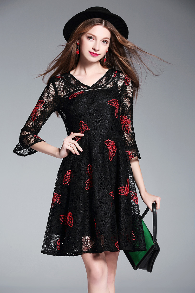 2018 New Spring summer Fashion Brand Black Lace V Neck Butterfly Embroidered Girly Elegant Casual Mini Dress Women Vestidos