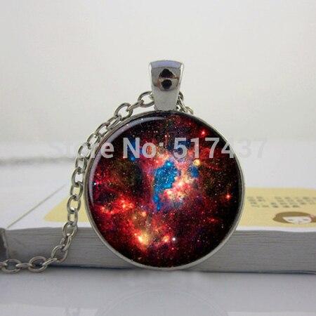 Wholesale Fashion Art Glass Cabochon Necklace Nebula Universe Pendant Space Galaxy Neklace Glass Photo Pendant Necklace Sliver