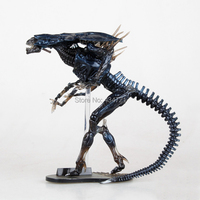 New Classic Horror Movie Aliens Sci Fi Revoltech Series 018 Alien Queen 32CM Action Figure Toys Original Box