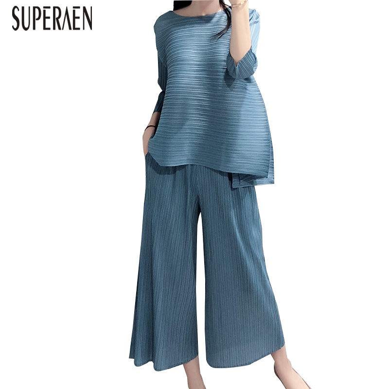 SuperAen 2019 Summer New Women's Sets Loose Pluz Size Tops Female Europe Fashion Casual Wild Pants Two Pieces Female-in Women's Sets from Women's Clothing    1