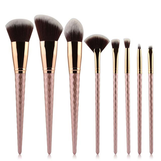 Nuevo 8 unids marrón oro pinceles de maquillaje polvos base maquillaje blush contour cepillo ventilador de alta luz de sombra de ojos de la ceja cepillo de Mezcla kits