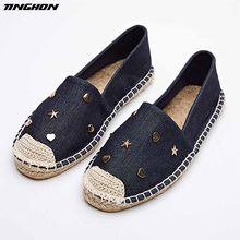 TINGHON Fashion Ethnic Casual Espadrilles Flat New Women Metal Star Moon Slip on Fishermen Shoes