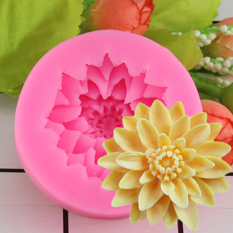 1 piece 3D Lotus Chrysanthemum Flowers cakenew Decorating Tools DIY Baking Chocolate Candy Fondant Silicone Mold Soap Resin Clay Mould
