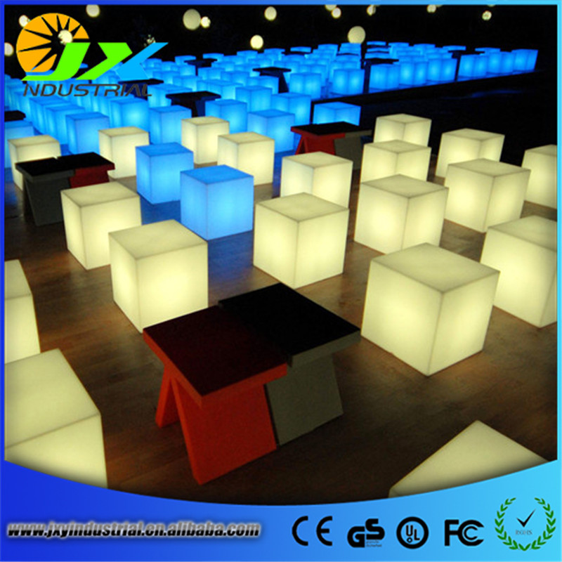 Wireless remote Free shipping Korea Style led RGBW cube chairs/ Led rechargeable outdoor chairs /waterproof colors changeable 20cm rgbw color waterproof illuminose square cube led bar decorative lighting cube lamps free shipping 1pc
