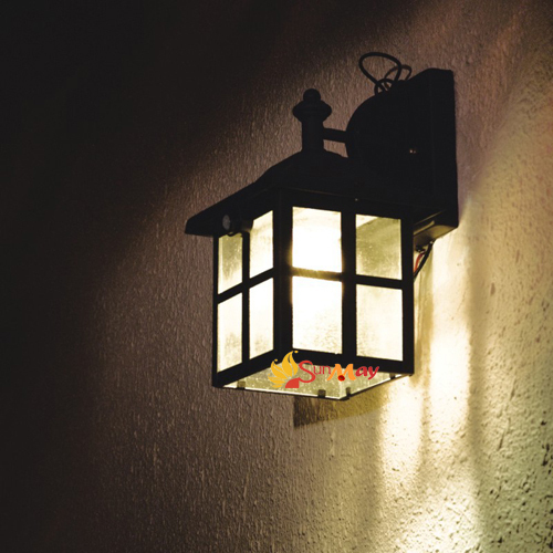 Fashion Solar Courtyard Light Outdoor Solar Powered 2 Led