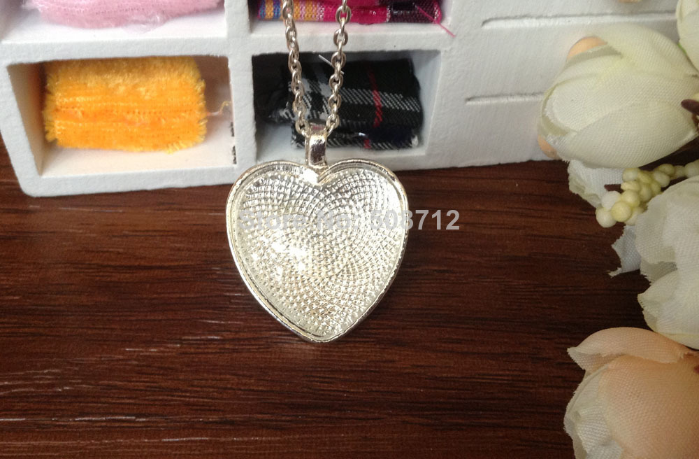 50 sets Silver plated Color Pendant Trays 25mm Heart bezel Cup Cabochon Mountings with matched Glass Cabs and Chain with clasp