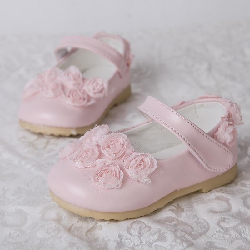 d007b8bfc07de Nouvelle 2015 printemps Chaussure bébé fille sandlas chaussures arc  princesse floral enfants toddler enfants filles chaussures rose blanc 1 3  ans dans ...