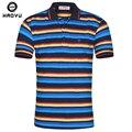 2016 Nuevo Stock hombres Camiseta Polo Famosa Marca de Fábrica de La Venta Directa Personalidad Rayada Colorida Envío Libre Cómodo